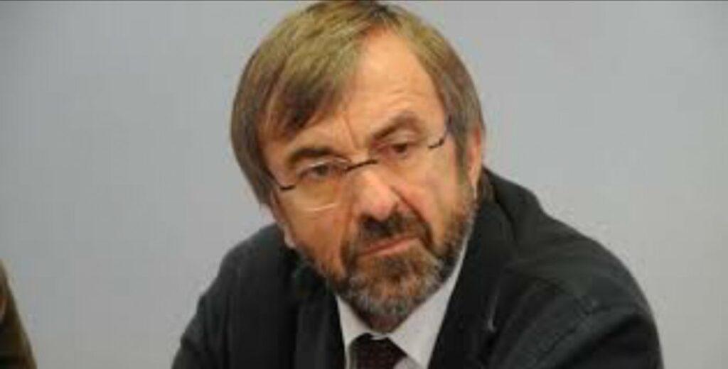 Cotticelli - Zuccatelli - Conte - Il commissariamento nella rossa Calabria