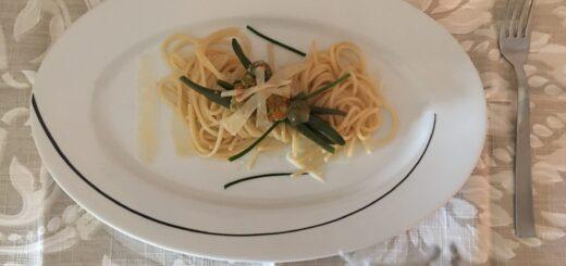 Spaghetti con Fiori di zucca al profumo di Erba cipollina